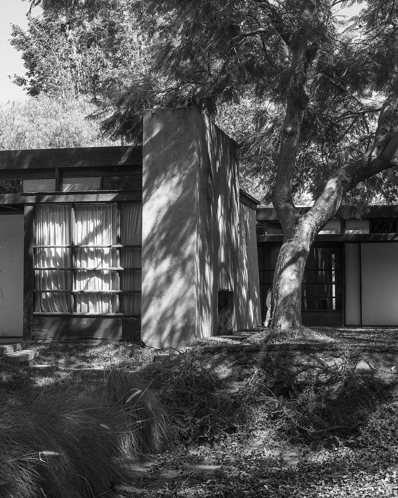 Schindler House, Los Angeles, 2015, 135x110cm
