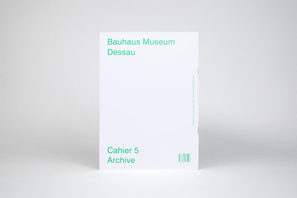 18-Cahiers-Bauhaus-05-back-cover-Kopie.jpg